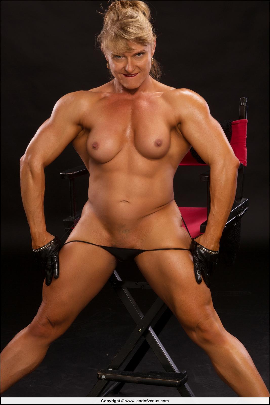 Eroticmusclevideos big black cock versus big muscular clit - 1 7